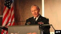 ABD Genelkurmay Başkanı Org. Martin Dempsey, 30. Yıllık Türk-Amerikan Konseyi toplantısında konuşurken (1 Kasım 2011)