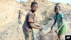 非洲的童工。