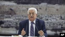 Filistin lideri Mahmut Abbas Ramallah'ta açıklama yaparken