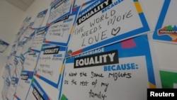 Các thông điệp vận động bỏ phiếu thuận cho cuộc thăm do về hôn nhân đồng tính ở Úc.