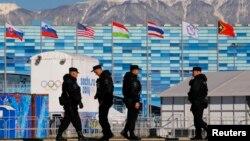 安全人員在索契奧林匹克公園巡邏。