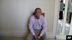 북한에 억류 중인 한국계 미국인 케네스 배 씨가 1일 평양에서 미국 'AP통신'과 인터뷰하고 있다. 북한은 이 날 외국 언론에 억류 중인 미국인 3명과의 인터뷰를 허용했다.