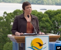 "EPA administrator Lisa P. Jackson announces a presidential order to protect and restore the Chesapeake Bay, creating ""a tougher era in federal leadership."""