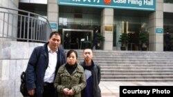 浦志强律师与任建宇(右)近日在重庆(浦志强博客照片)