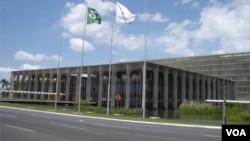 Michel Temer vai nomear novo inquilino do Itamaraty