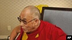 2011年7月11号达赖喇嘛接受美国之音中文部采访(资料照)