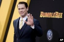 美國電影演員、《速度與激情9》(又譯《F9狂野時速》)主演約翰·塞納(John Cena)