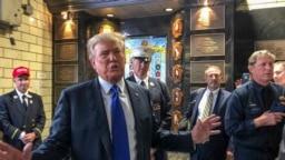 Mantan Presiden Donald Trump mengunjungi pemadam kebakaran Engine Co. 8, Sabtu 11 September 2021, di New York. (Foto: AP/Jill Colvin)