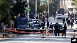 Policija ispred rezidencije nemačkog ambasadora u Atini