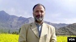Mukarram Khan Aatif, wartawan VOA yang ditembak tewas kawanan bersenjata (foto: dok).