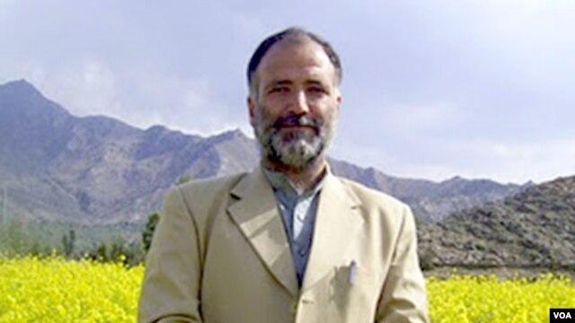 Mukarram Khan Aatif, wartawan VOA yang ditembak tewas kelompok Taliban tahun lalu (foto: dok).
