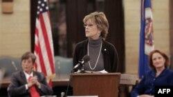Jane Fonda, një prej yjeve të Hollivudit që sfidon kohën dhe moshën e saj