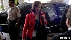 La subsecretaria del Departamento de Estado para América Latina, Roberta Jacobson, dijo que EE.UU. está comprometido a ayudar a la Policía de Honduras a combatir el crimen en esa nación.