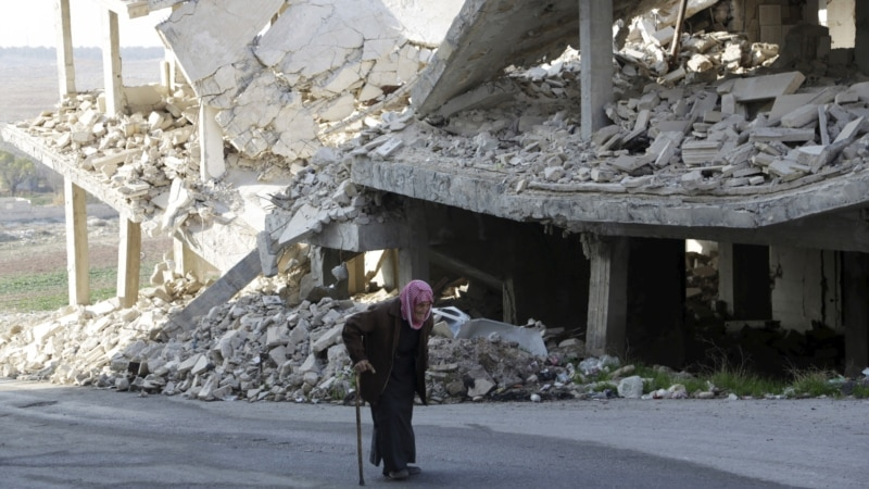 Critics Say US Needs 'Failed State' Policy for Syria, Iraq