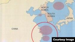 미국 정부 주의보가 공개한 주요 환적 해역. 한국 선박 '루니스' 호가 싱가포르에 입항하지 않은 채 여러 차례 머문 공해상 위치(붉은 원 안)와 일치한다.