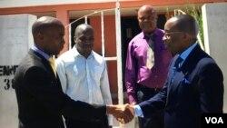 Angola Sampaio Mucanda (esq) e Pedro Fonseca (dir), vice-procurador geral no Namibe
