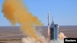 El lanzamiento se hizo desde el Centro de Satélites de Jinquán en la provincia de Gansu al noroeste de China.