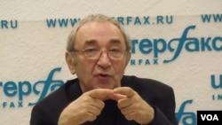 紀念碑人權組織領導人羅津斯基。(美國之音白樺拍攝)