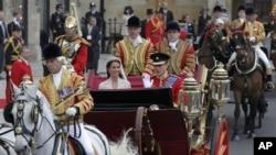 شہزادہ ولیم اور کیتھرین مڈلٹن رشتہ ازدواج میں بندھ گئے