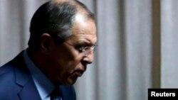 """Trong cuộc họp báo mới đây tại Moscow với Ngoại trưởng Hoa Kỳ John Kerry, Bộ trưởng Ngoại giao Nga Sergei Lavrov nói: """"Chúng tôi mong nhận được thông tin chi tiết từ những người bảo trợ tiến trình này."""""""