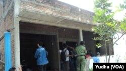 Rumah terduga teroris SN, warga Solo yang ditangkap Densus Antiteror (Foto: VOA/Yudha)