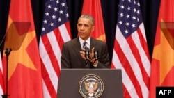 """El presidente Obama exhortó a permitir la libertad de expresión, en la que """"nacen las nuevas ideas""""."""