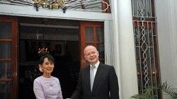 سفر وزير امور خارجه بريتانيا به برمه