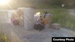 葉海燕母女在廣東被迫搬遷無處棲身。(圖片來源: 葉海燕微博)