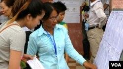 Một phòng phiếu ở Kampong Cham, nằm về hướng đông bắc thủ đô Phnom Penh