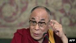 دالایی لاما از باراک اوباما در مقابل انتقادها حمایت کرد