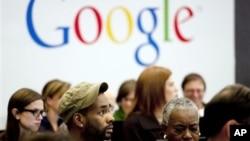 Penurunan laba google sebesar 20 persen dalam tiga bulan terakhir memicu merosotnya harga saham perusahaan internet itu di lantai bursa (Foto: ilustrasi).