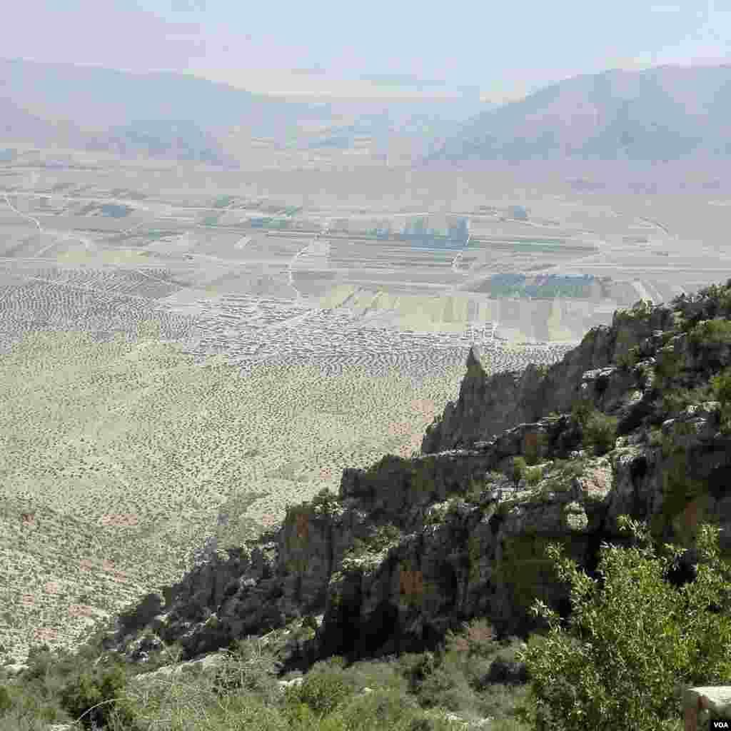 چشمه باریک آب(باریکو) روستای گرده استهبان فارس عکس: سعادتمند (ارسالی شما)