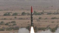 پاکستان موشک های جدیدی را آزمایش می کند