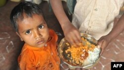 42% trẻ em dưới 5 tuổi ở Ấn Ðộ bị thiếu cân