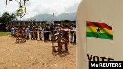 Pemungutan suara di Ghana pada 2016.(Foto: REUTERS/Luc Gnago)