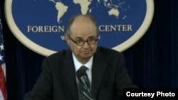 جیمز دابنز گفت که امریکا آماده است در مبارزه با شورشگری مرزی با کابل و اسلام آباد کمک کند