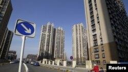 中国北京通州区的住宅楼房(资料照片)