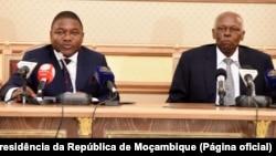 Filipe Nyusi e José Eduardo dos Santos, em Luanda