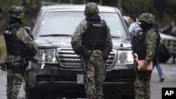 Chiếc xe của Ðại sứ quán Mỹ bị bắn nhầm ở Mexico