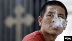 Penelitian di Amerika menunjukkan bahwa kebiasaan merokok menghambat upaya pemberantasan TBC, khususnya di negara-negara berkembang (Foto:Dok)