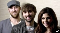 El trío Lady Antebellum acaba de ser galardonado en los premios Billboard.
