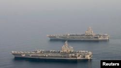 تصویر آرشیوی از کشتی های نظامی آمریکایی در خلیج فارس