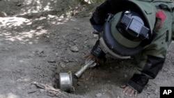 حدود ۵۰۰ کیلومتر مربع اراضی افغانستان آلوده با ماین است.