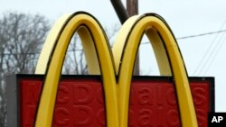 McDonald's es una de las cadenas dispuestas a modificar política laboral