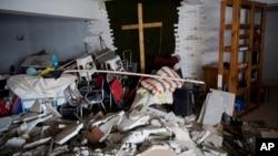在河南郑州的一所被拆除的家庭教会。2018年6月3日。