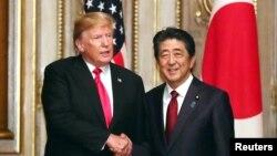 အေမရိကန္ သမၼတ Donald Trump နဲ႔ ဂ်ပန္ ၀န္ႀကီးခ်ဳပ္ Shinzo Abe (ေမ၊ ၂၇၊ ၂၀၁၉)