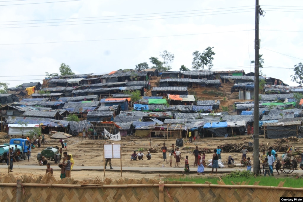 Shelters line a hillside at a Rohingya refugee camp in Bangladesh. (Photo courtesy of Dr. Imran Akbar)