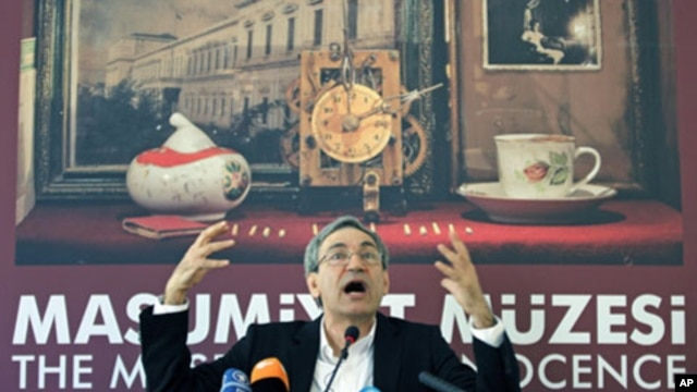 Nobel-winning Turkish author Orhan Pamuk during a news conference before the opening of the Museum of Innocence in Istanbul April 27, 2012.