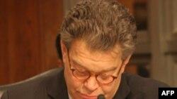 Thượng nghị sĩ Al Franken thuộc đảng Dân chủ