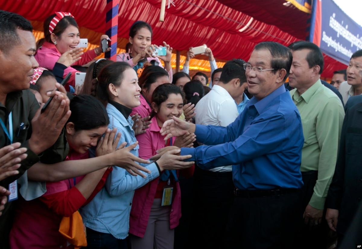 PM Hun Sen Warns of Unrest in Garment Sector Over Seniority Pay Demands
